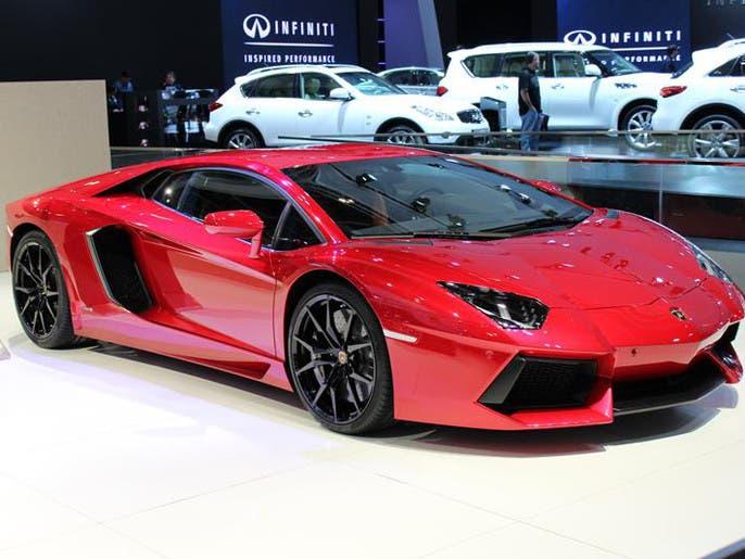 7588715b d5aa 486f 9995 9080027fef20 4x3 690x515 صور ابرز السيارات فى معرض دبي  الدولي للسيارات 2013 فى عامه ال12