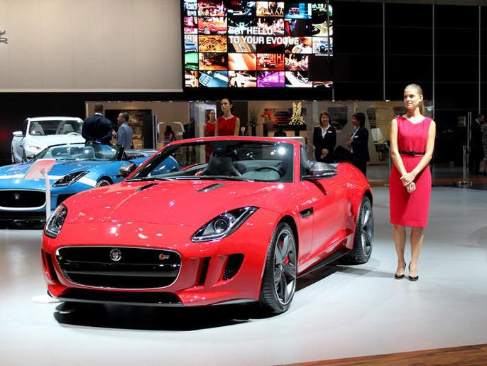 96380aa1 483b 45ae b667 5130329dd387 4x3 690x515 صور ابرز السيارات فى معرض دبي  الدولي للسيارات 2013 فى عامه ال12
