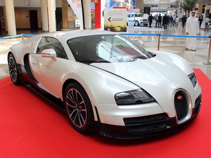 e22fadb5 bda1 4865 ae77 f29a19ff2132 4x3 690x515 صور ابرز السيارات فى معرض دبي  الدولي للسيارات 2013 فى عامه ال12