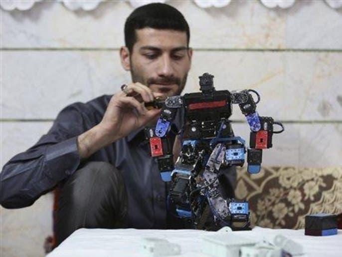 مدرس إيراني يبتكر روبوت يعلم الأطفال الصلاة 83ed4fb4-0756-4fa1-8a4e-0595fd109546_4x3_690x515