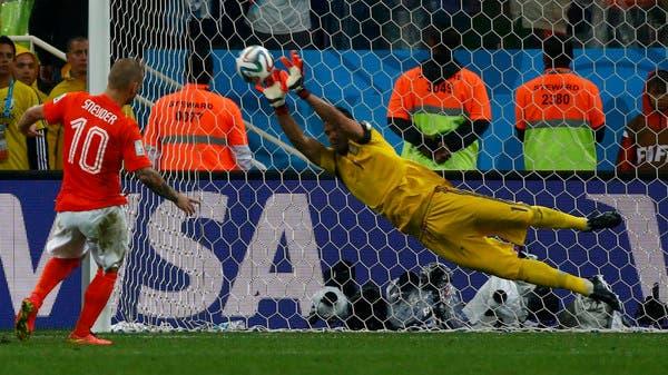 روميرو يقود الأرجنتين إلى النهائي الأول منذ 24 عاماً 7881a45d-d245-483f-9