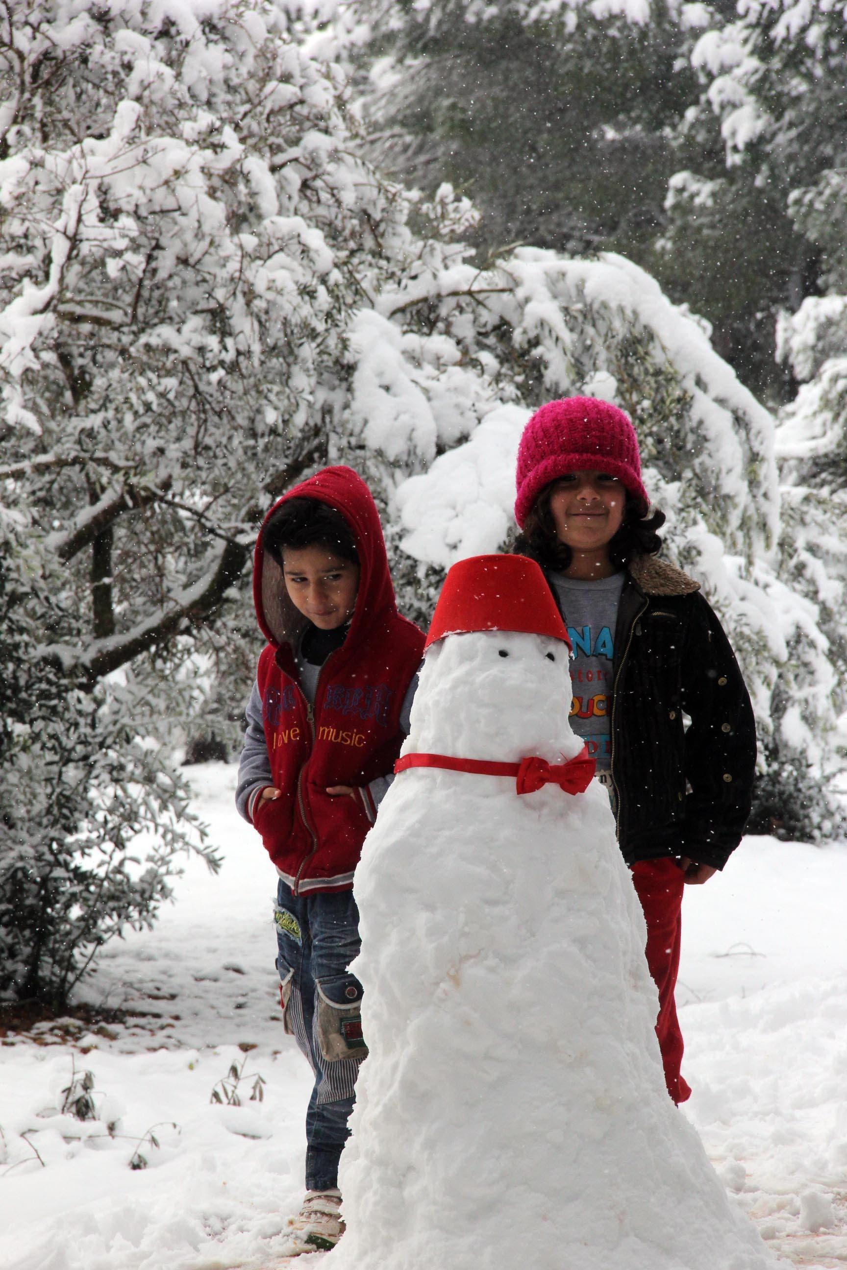 العاصفة الثلجية تجتاح خيام اللاجئين 8a5f9382-16c0-4ab4-81cd-133361335761.jpg