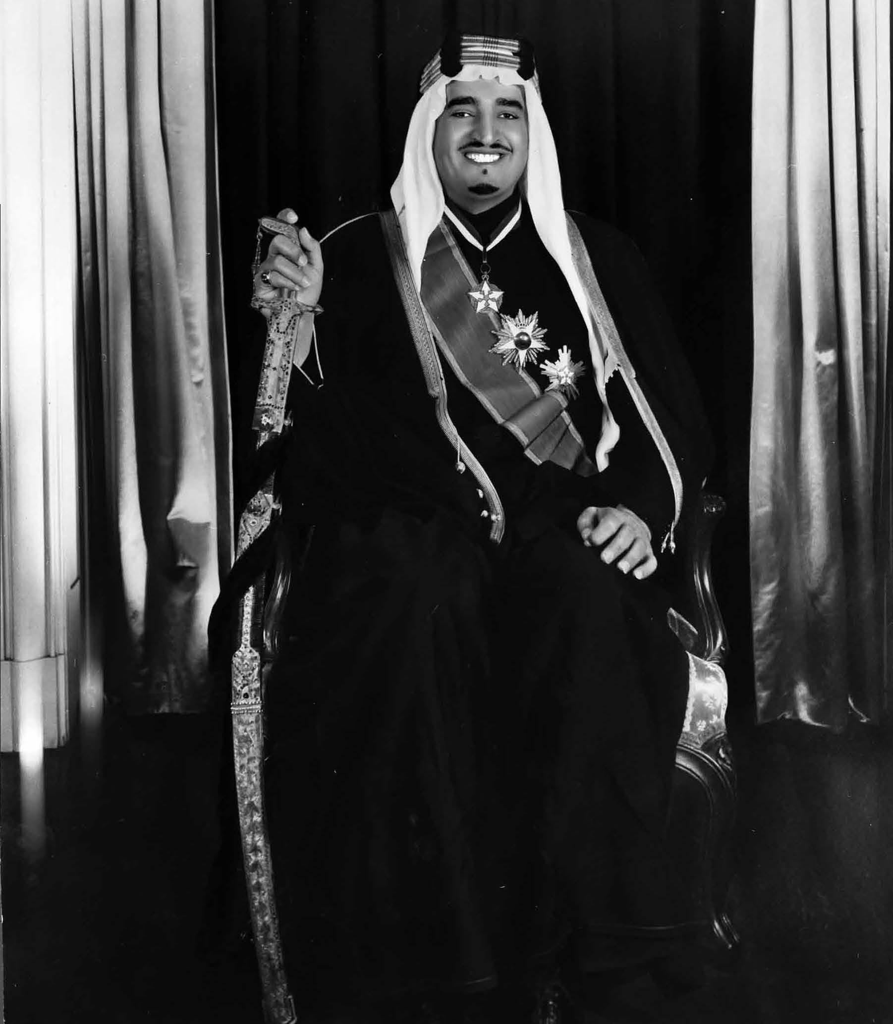 "صور نادرة للملك فهد في ""كتاب"" Cfd6e524-cb08-4f10-a811-cf7aa4de3842"