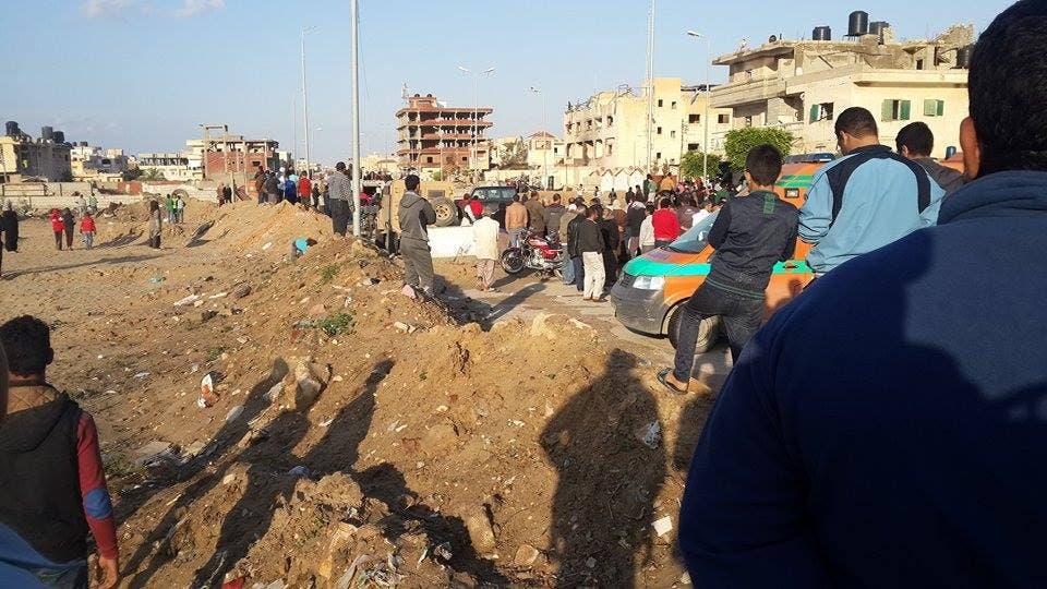 مقتل 12 وإصابة 34 مدنيا وعسكريا بتفجيرات في #سيناء 16889480-2905-4ed4-bc9d-c80d1e2c7b3d