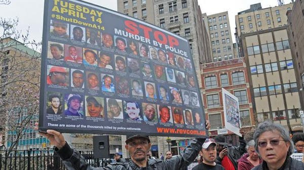 بالفيديو.. شرطي أمريكي يقتل رجلًا أعزل بثماني رصاصات في الظهر 059424e8-59e5-44d1-a553-34c27ee89df9_16x9_600x338