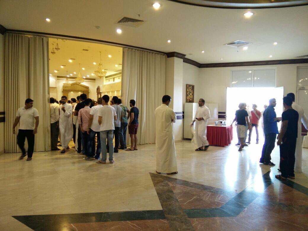 السعودية.. عملية انتحارية في مسجد بالقطيف تقتل 21 شخصا 1b166e27-fbea-41c9-92eb-30ea0d57996e