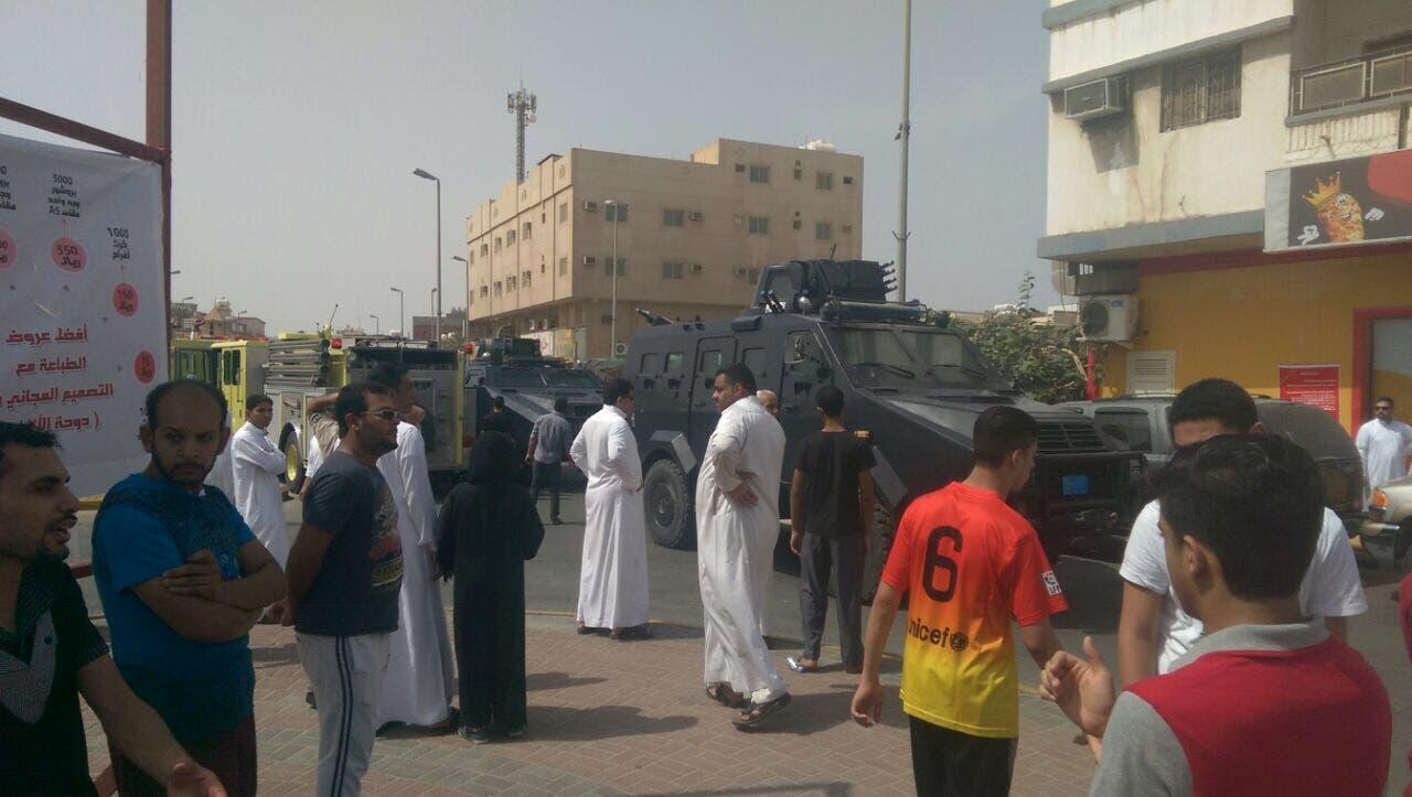 السعودية.. عملية انتحارية في مسجد بالقطيف تقتل 21 شخصا 7e1b8418-5207-44c8-ba22-1a3c69875f52