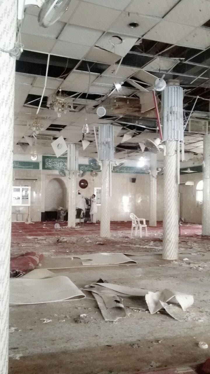 """العربية"""" تبث صوراً من داخل مسجد الإمام علي بالقديح Bf324862-2a2f-423f-87e2-d5d61141dd5e"""