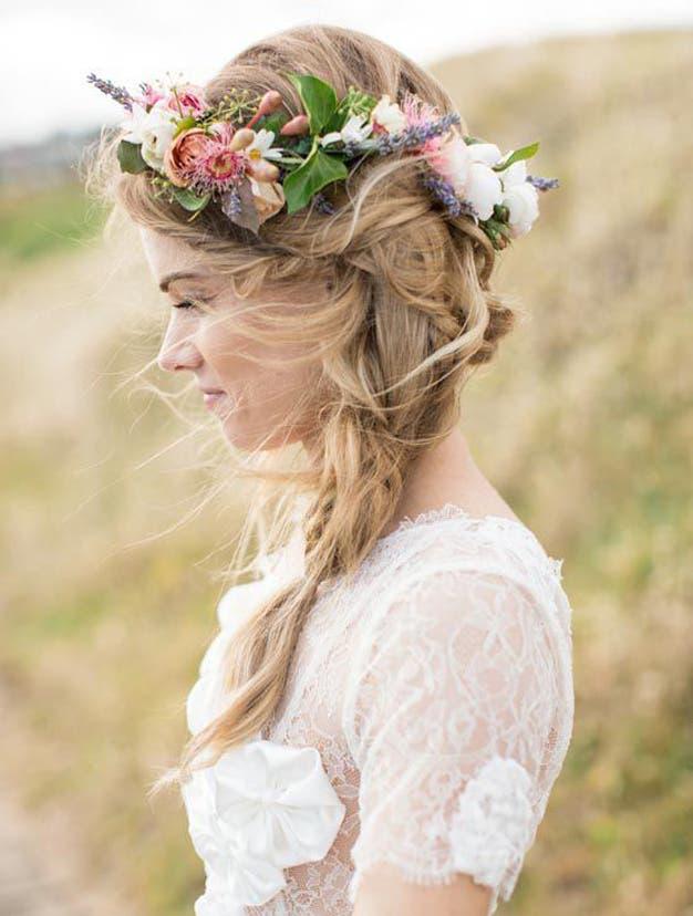 تسريحات لعروس لصيف 2015