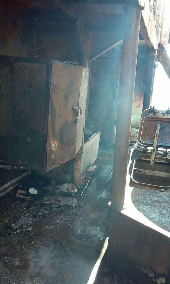 بالصور.. السيطرة على حريق بسفينة عابرة لقناة السويس 03de9dc4-8065-46a1-b6d6-4131b7cf8497