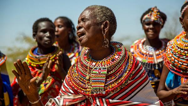تعرف على أغرب قرية للنساء فقط في إفريقيا-صور