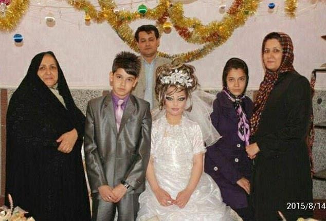 بالصور.. زواج في إيران العريس 14 عاماً والعروسة 10 D1198b85-558f-4f00-951e-b1d17f1316ed