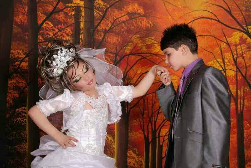 بالصور.. زواج في إيران العريس 14 عاماً والعروسة 10 D309bf2e-59a0-4821-99d0-3dae947a0aad