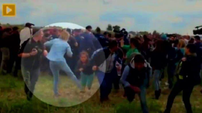 شاهد بالصور المصوره المجريه التي ركلت المهاجر السورى اليوم تفعلها من قبل وتركل طفله سوريه 4 10/9/2015 - 3:22 ص