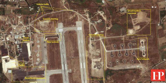 صورة نشرتها فورين بوليسي، وهي من غوغل ايرث، تشير إلى بناء قاعدة جوية قرب اللاذقي
