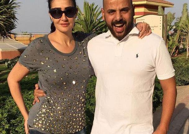 بالصور : هل تزوجت غادة عبد الرازق منتجا تكبره بـ 10 سنوات؟