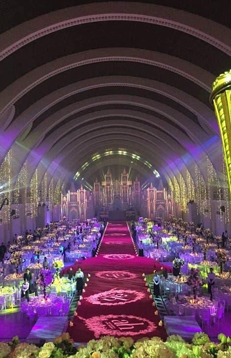 بالصور : 20 مليون يورو تكلفة زفاف كيم كاردشيان الصين