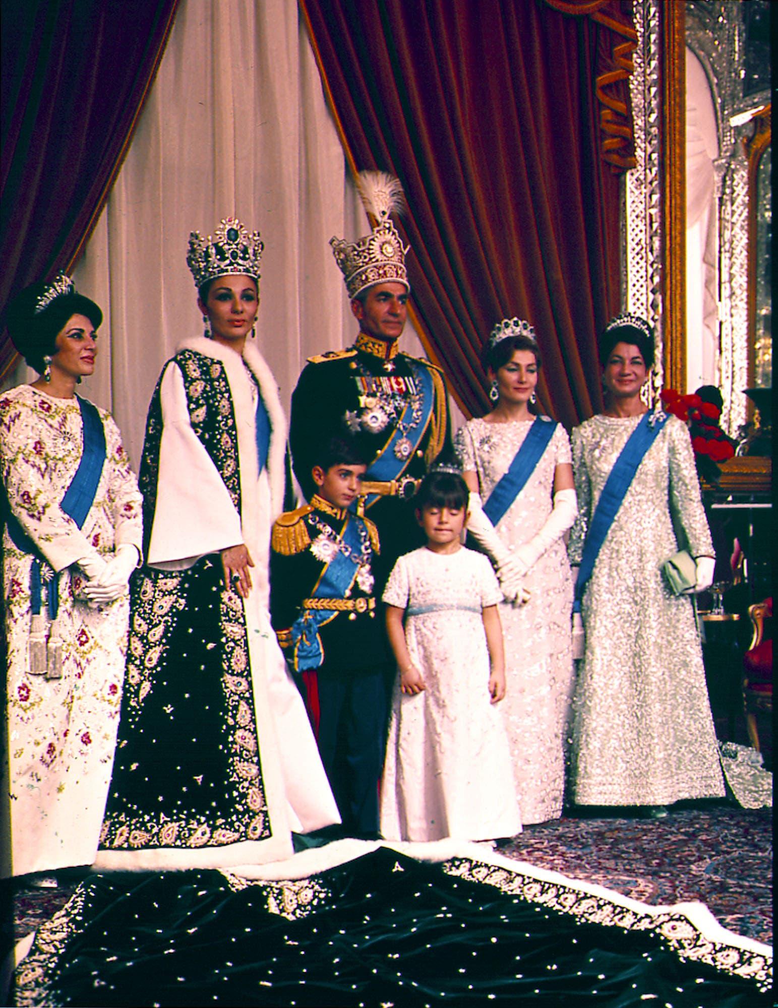 Iranian Princess Ashraf Shah S Twin Sister Dies At Age