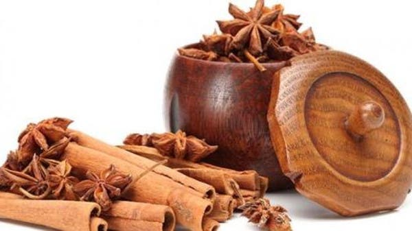 القرفة.. شجرة سريلانكية أصلية لها 15 فائدة