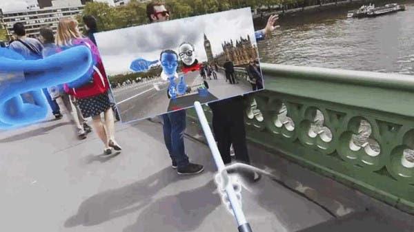 جديد فيسبوك.. عصا سيلفي بتقنية الواقع الافتراضي f5145ff0-cbde-4636-8
