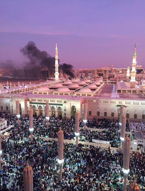 3 تفجيرات انتحارية قرب الحرم النبوي و القطيف - السعوديه