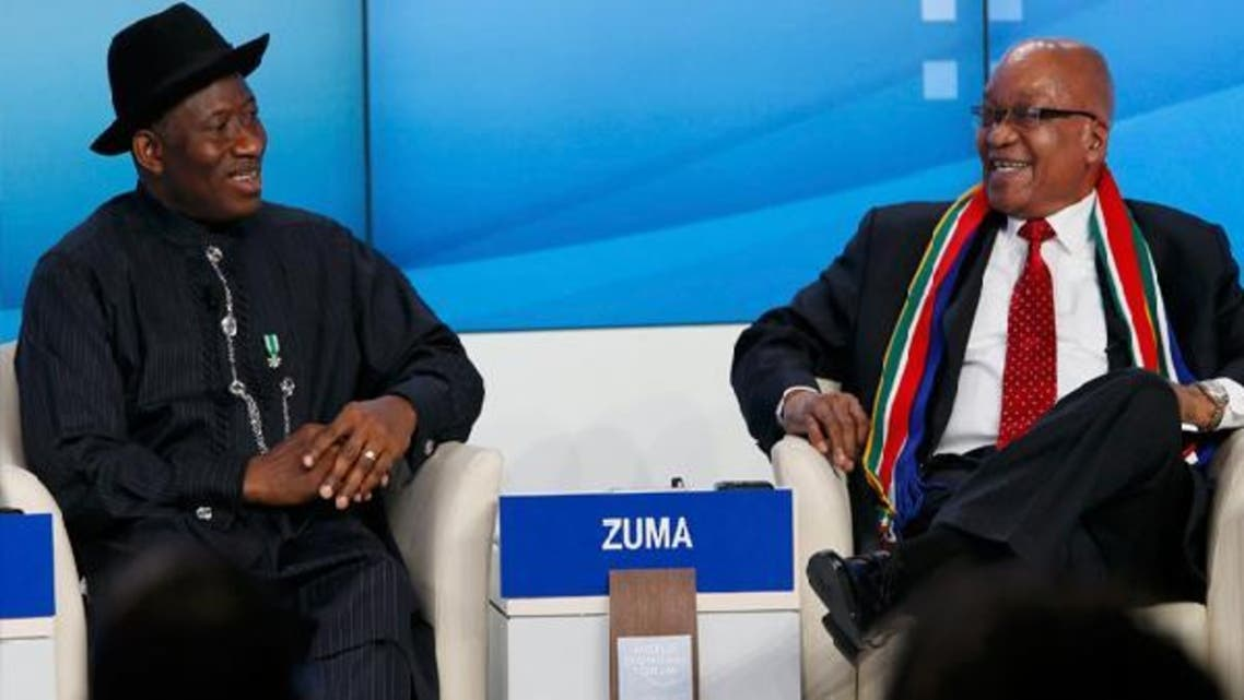 Nigeria's President Goodluck Ebele Jonathan (L) and South Africa\'s President Jacob Zuma attend the annual meeting of the World Economic Forum (WEF) in Davos Jan. 23, 2013. (Reuters)