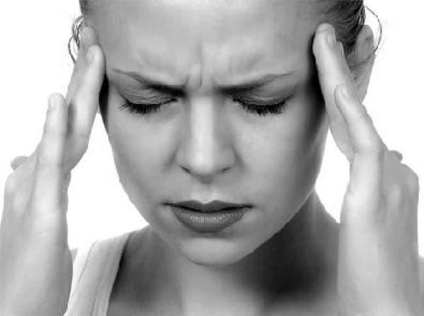 8 أسباب تجعل النساء أكثر عرضة للصداع النصفي