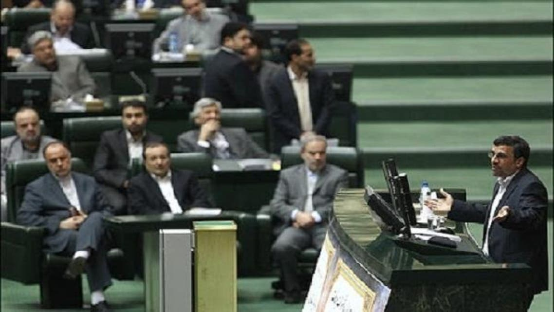 Iran's President Mahmoud Ahmadinejad said on Wednesday that one of the solutions is to cut the government's dependence on oil revenues to overcome the Western sanctions. (Courtesy: Mehr News Agency)
