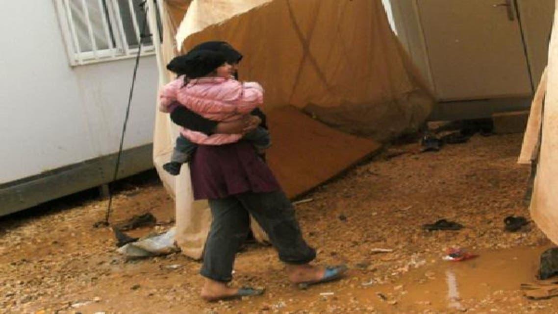 صور تظهر سوء الأحوال المعيشية القاسية  التي يعاني منها لاجئو مخيم الزعتري