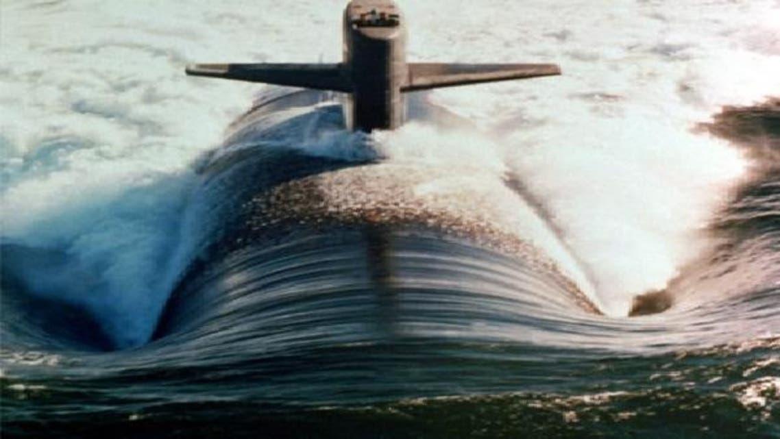 برخورد زیر دریایی آمریکا با یک کشتی ناشناس پس از عبور از تنگه هرمز
