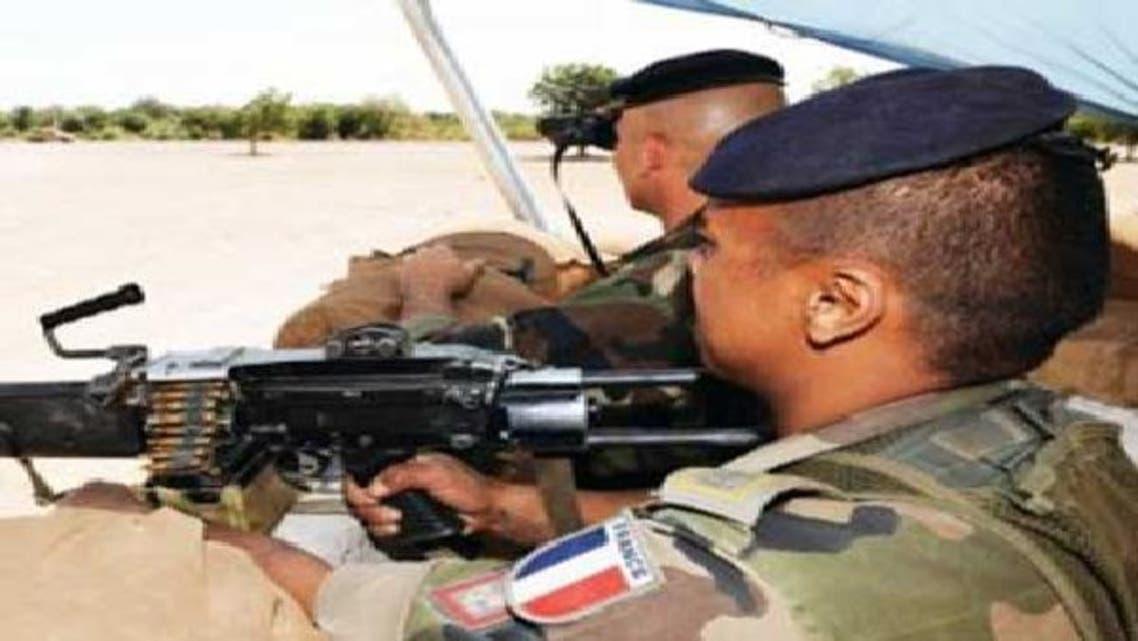 جندي فرنسي في وضعية قتالية بشمال مالي