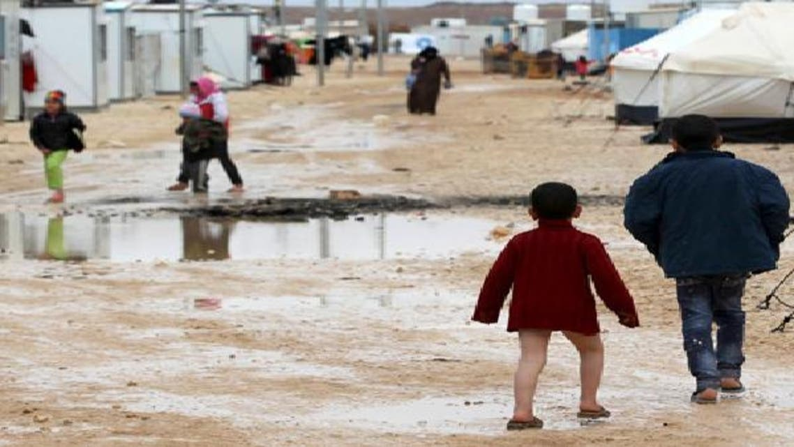 رئيس الإمارات يتبرع بـ5 ملايين دولار للاجئي سوريا في الأردن