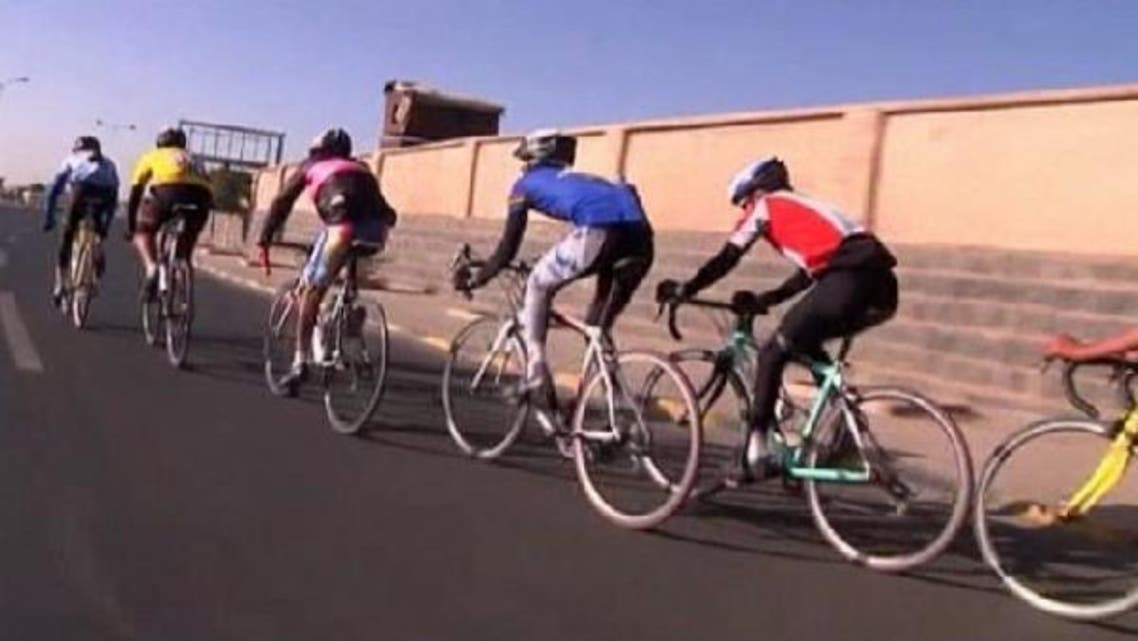 Cyclists from Yemen's National Cycle Foundation say a lack of funds and ignorance towards the sport is hindering its advancement in the country. (Reuters)
