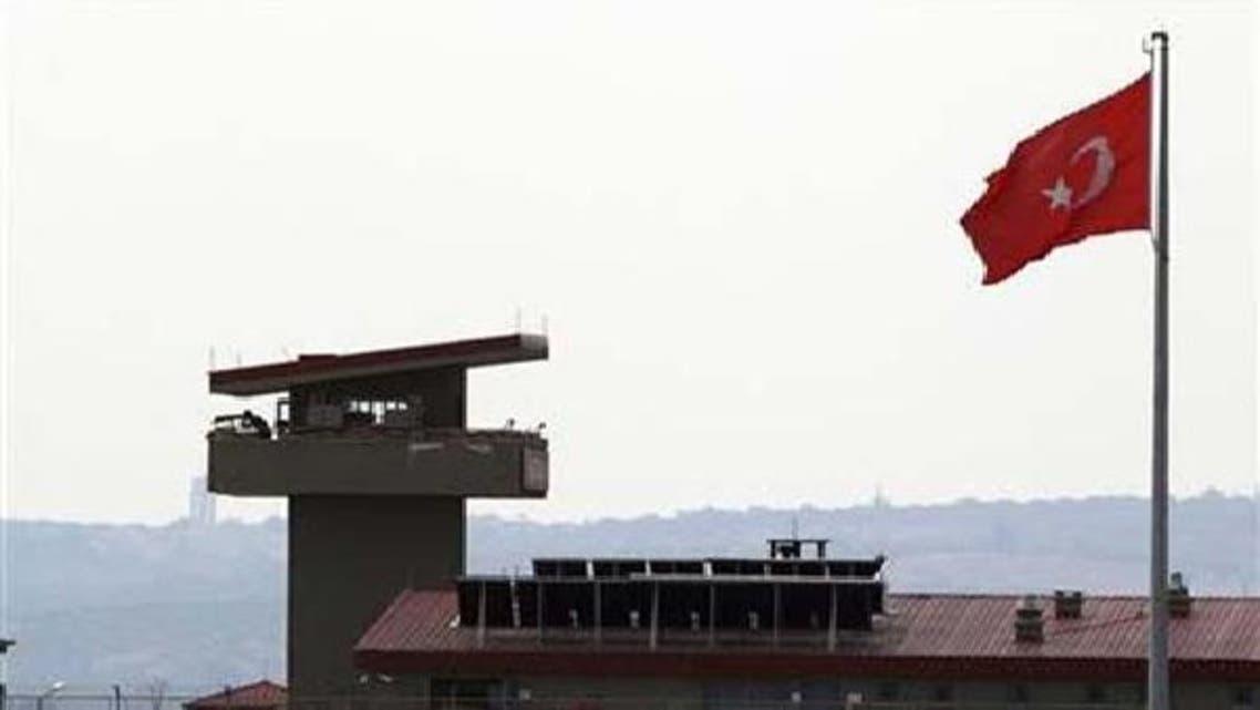 ترکی نے شام کے ساتھ واقع اپنی سرحد پر فوجی نقل وحرکت میں اضافہ کر دیا ہے