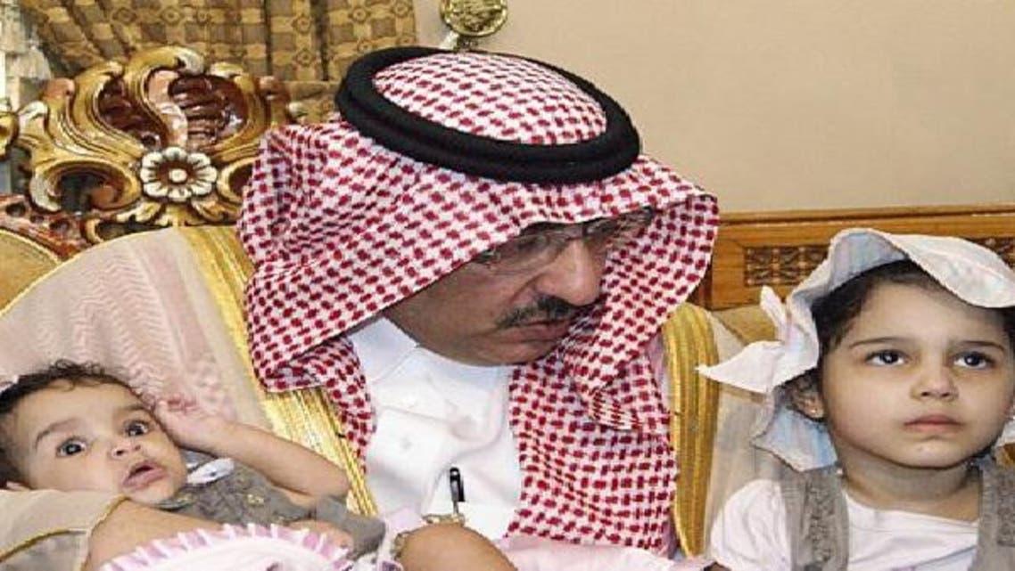 وزير الداخلية يطمئن على أطفال شهيدي الواجب