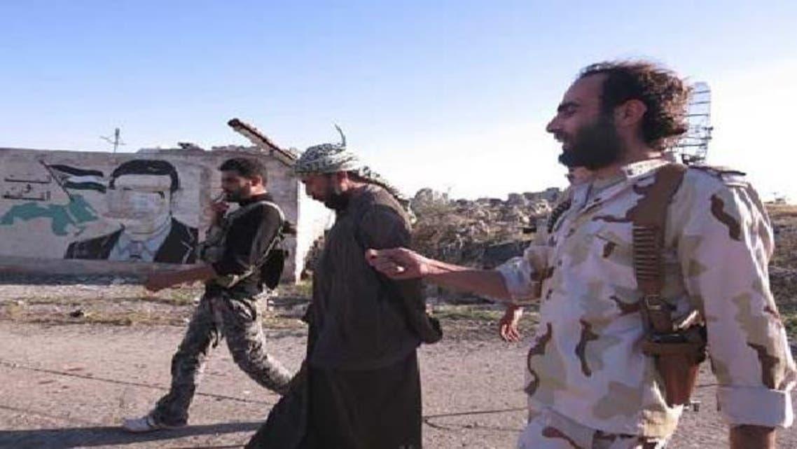 شام: سرحدی گذرگاہ پر کنٹرول کے لیے لڑائی، 16 فوجی، 10 باغی ہلاک