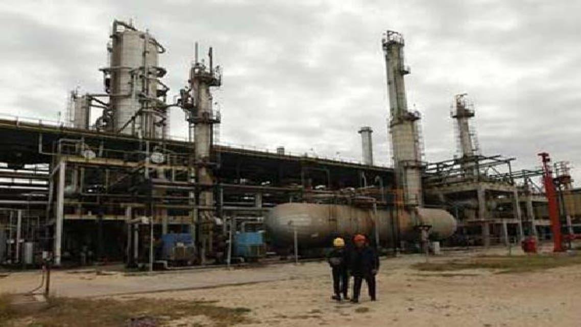 منشأة لتكرير النفط في الزاوية غربي طرابلس