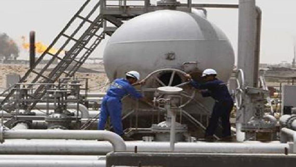 يخطط العراق حالياً لإعادة بناء القطاع الصناعي النفطي