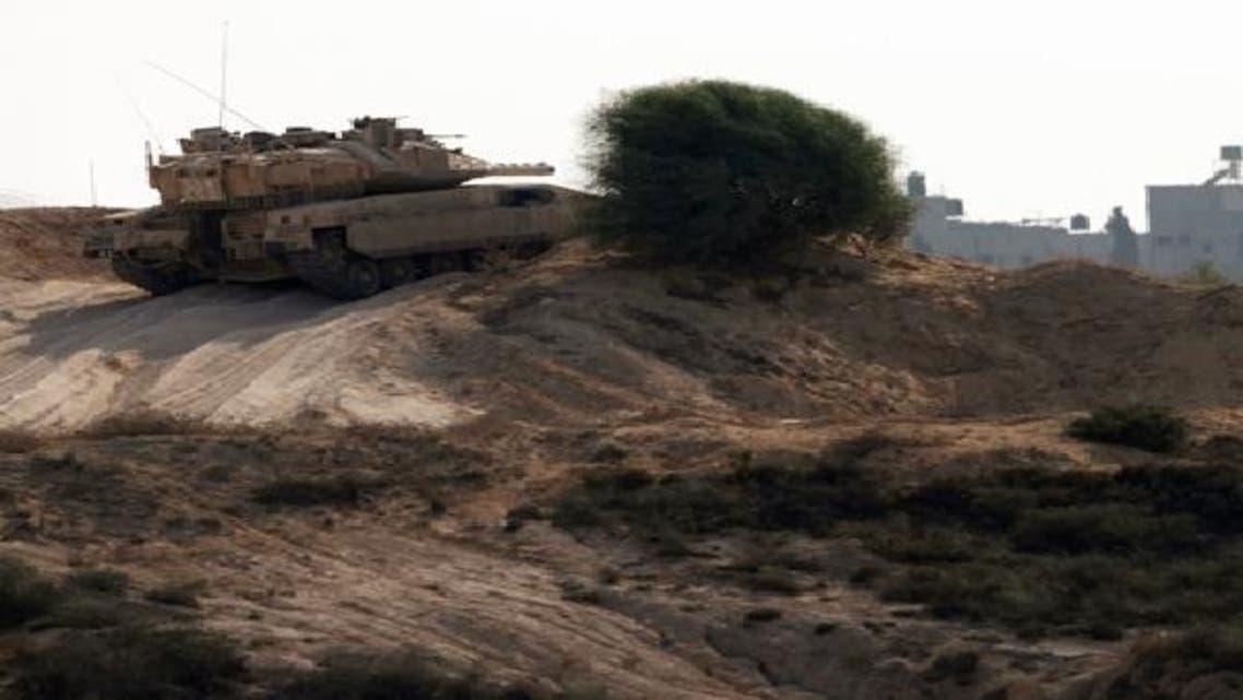 غزہ کی سرحد پر اسرائیلی فوج کا ٹینک پوزیشن سنبھالے کھڑا ہے