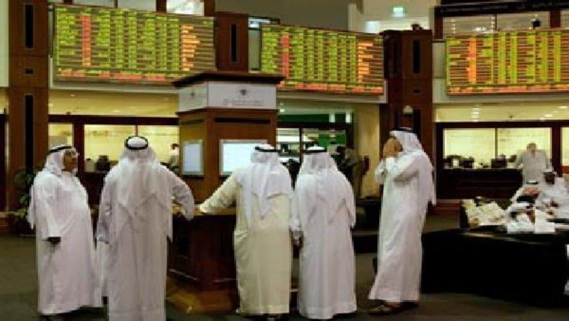 متعاملون في سوق دبي المالي