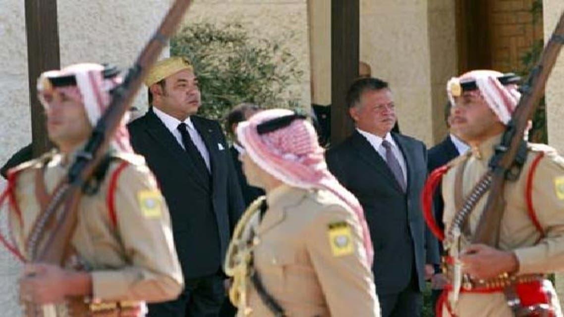 مراکش کے شاہ محمد ششم عمان میں اردن میں شامی مہاجر کیمپ کا دورہ کر رہے ہیں