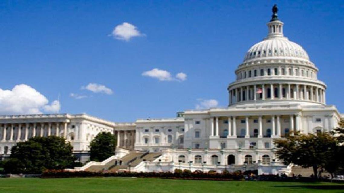 تراجع عجز الميزانية الأمريكية إلى 7% في 2012
