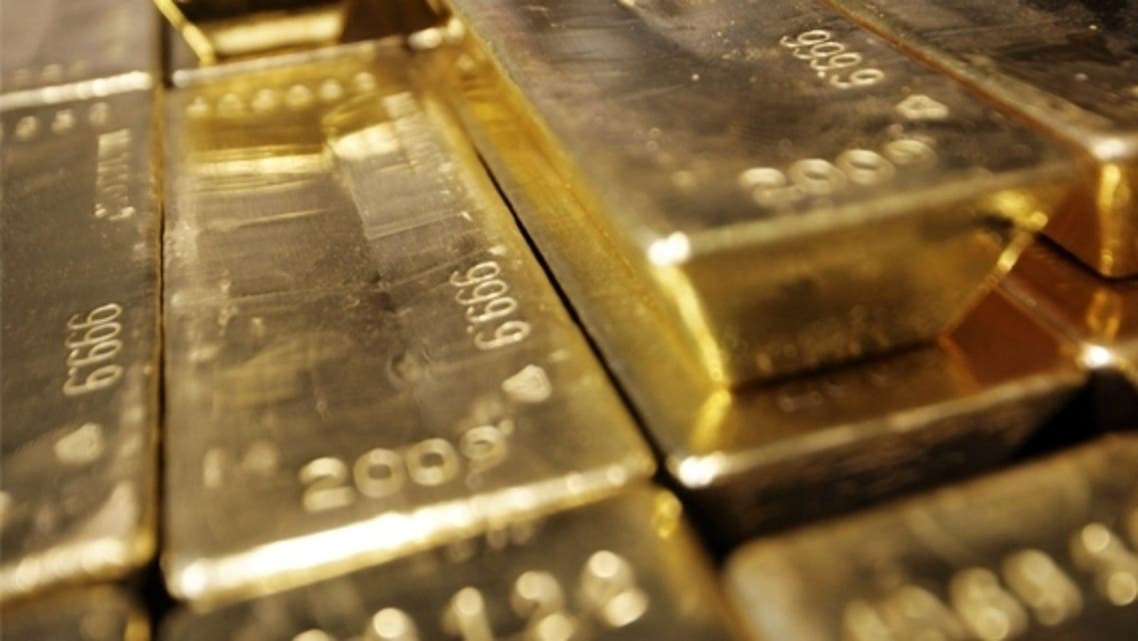Many dealers in Dubai's crowded and boisterous gold souk now refuse to take gold bars produced in Turkey. The UAE dealers want to avoid the risks associated with Turkey's gold-for-gas trade with the sanctions-hit Iran. (AFP)
