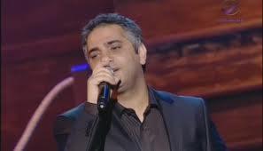 Fadel Shaker as a singer. (Photo courtesy of Arabits.us)