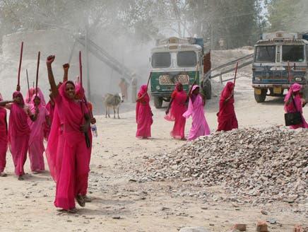 من فيلم غلابي غانغ للمخرجة الهندية نيشتا جين