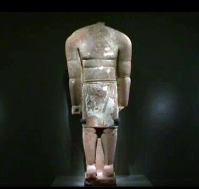 تمثال بدون رأس