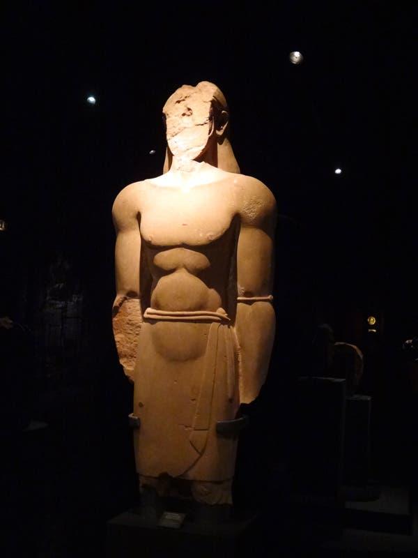 جانب من عرض التماثيل