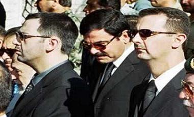 آصف شوكت بين بشار وماهر الأسد