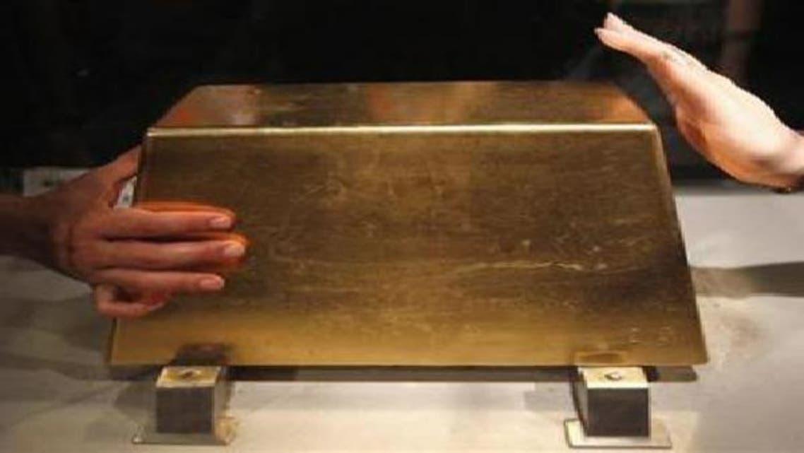 أسعار الذهب تتراجع إلى أدنى مستوياتها خلال أسبوعين