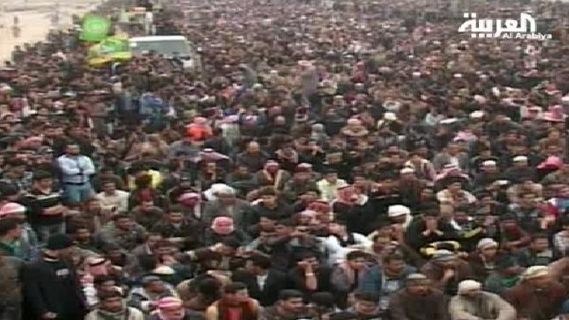 عراقی وزیر اعظم کے خلاف گذشتہ ایک ماہ سے مظاہرے جاری ہیں